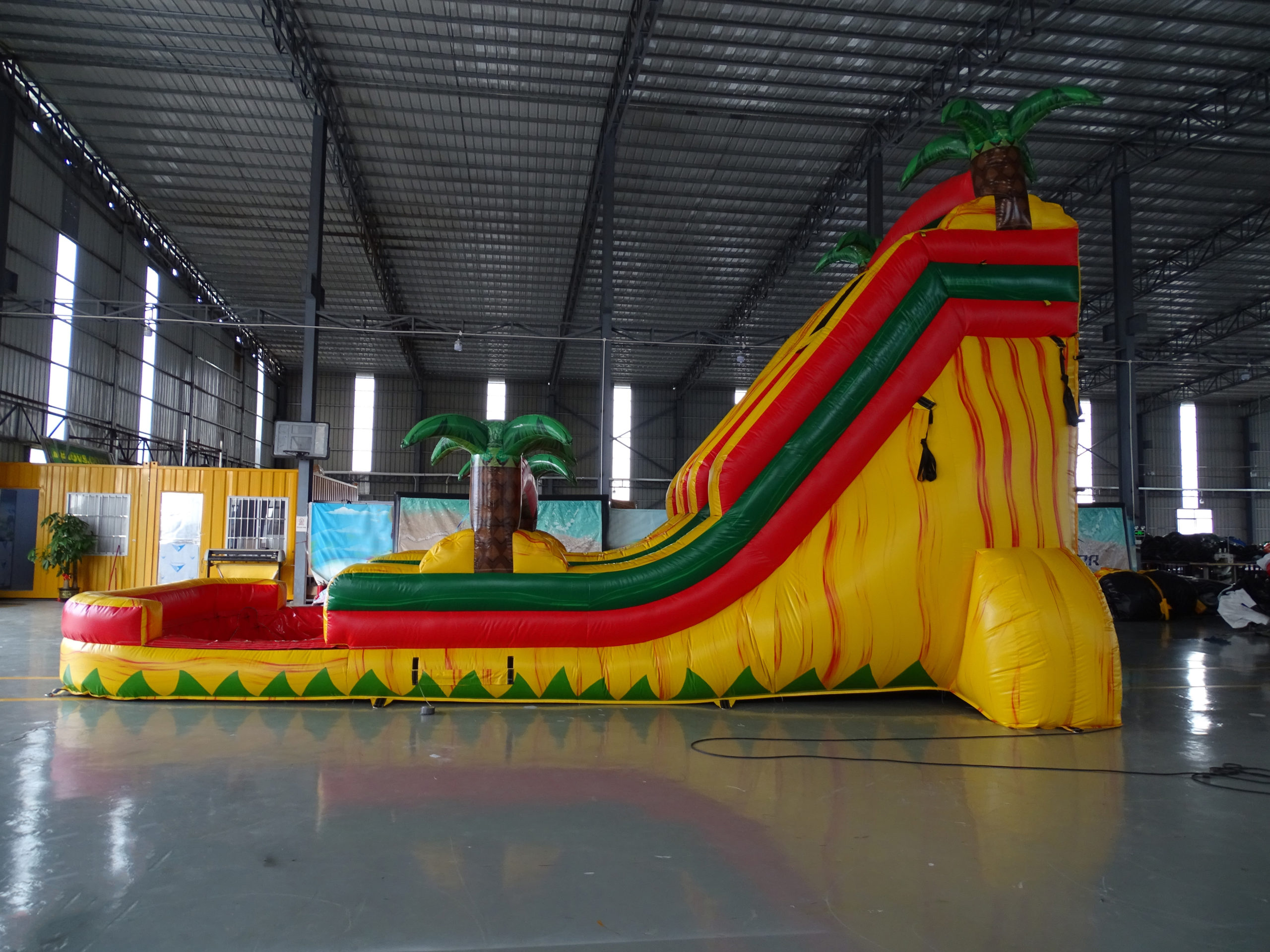 18ft-Rasta-Splash-2-scaled